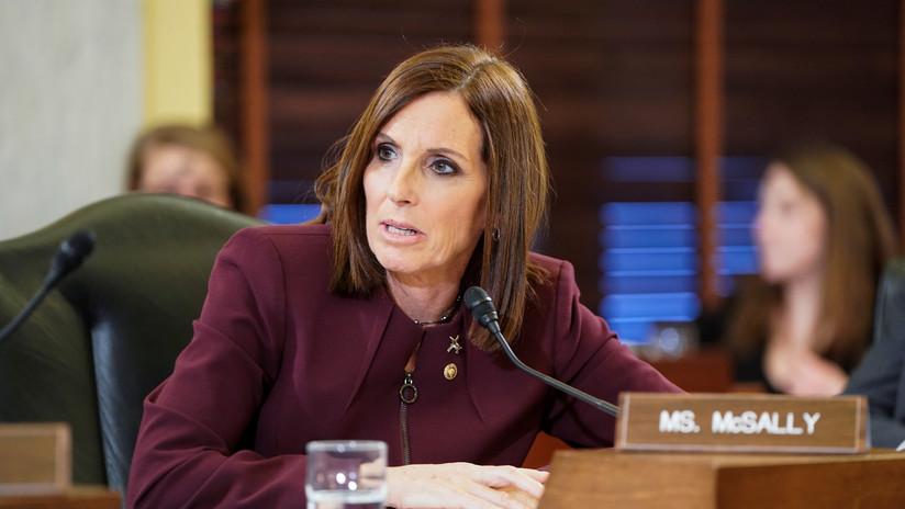 Senadora de EE.UU. denuncia que fue violada en la Fuerza Aérea