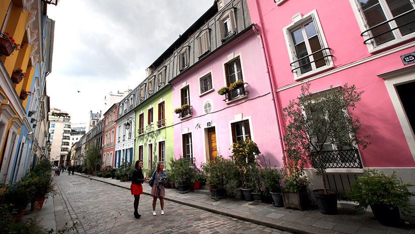 Vecinos de París exigen cercar su vistosa calle para deshacerse de los amantes de Instagram