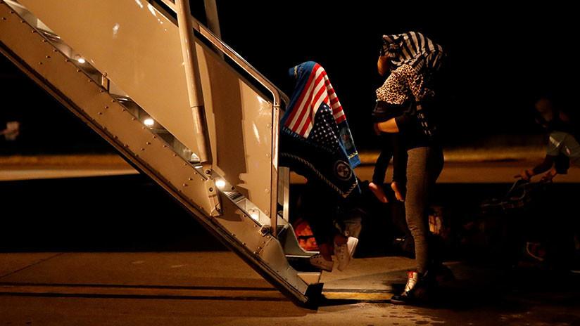 Al menos 471 padres fueron deportados de EE.UU. sin sus hijos