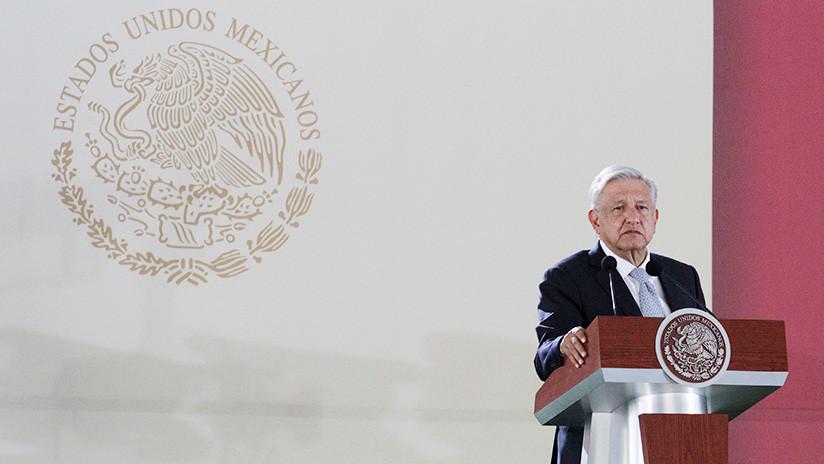 """No vamos a limitar a las calificadoras"": López Obrador responde a propuesta de revocar permisos"