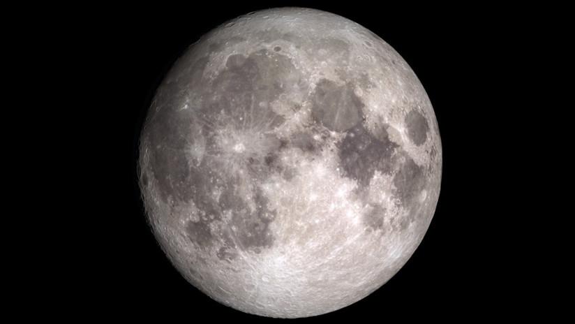 Científicos observan el movimiento del agua por la superficie de la Luna