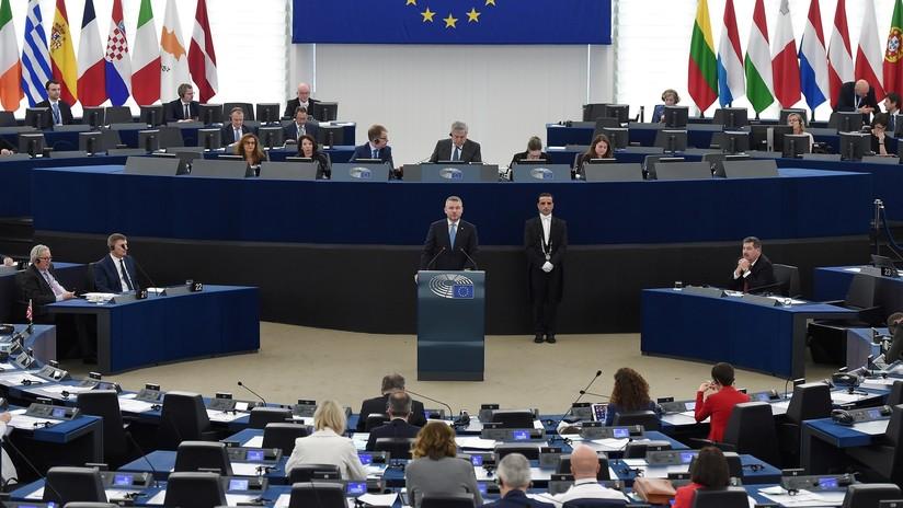 El parlamento europeo pide dejar de considerar a rusia for Streaming parlamento