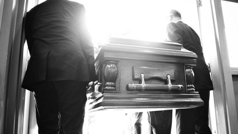 """""""¡Esta no es mi abuela!"""": Una funeraria pierde un cuerpo y lo reemplaza con el de una desconocida"""
