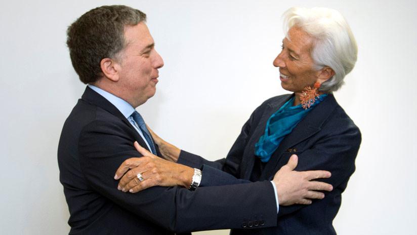 El ministro de Hacienda de Argentina se reúne con Christine Lagarde en la sede del FMI