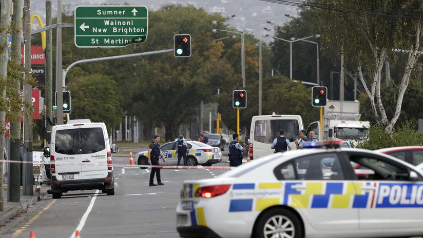 """Al menos 49 muertos en un """"ataque terrorista"""" en dos mezquitas en Nueva Zelanda"""