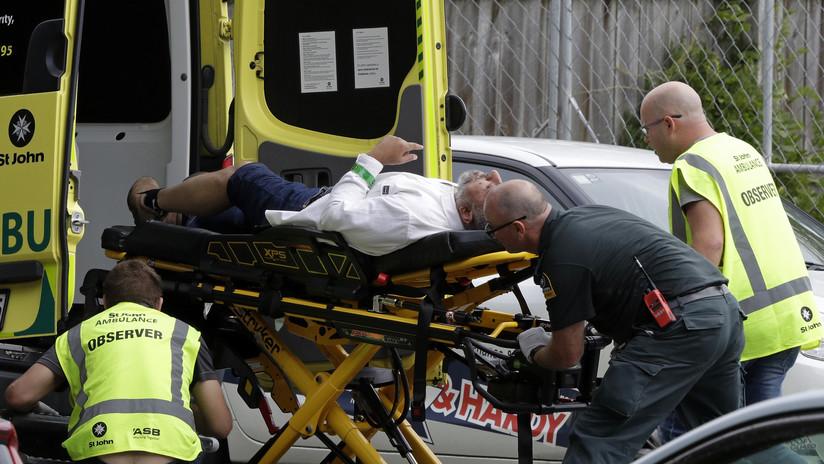 """""""Uno de los días más oscuros del país"""": Todo lo que sabemos hasta el momento sobre los tiroteos en Nueva Zelanda"""