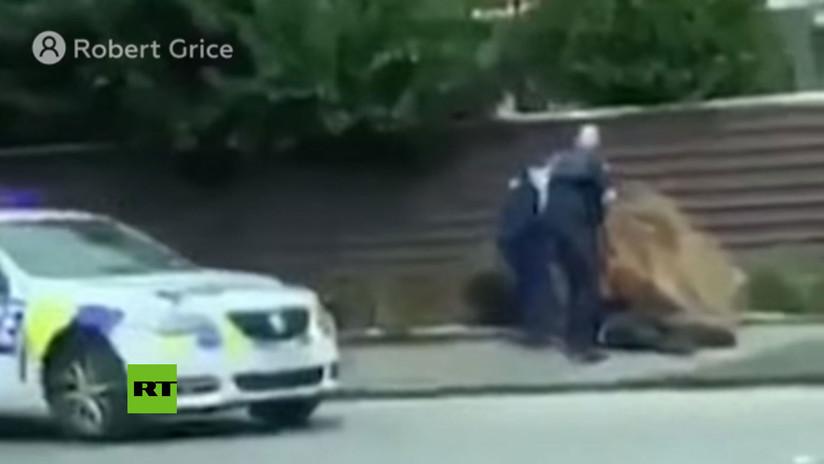 Publican video del momento de la detención de uno de los atacantes armados a mezquitas en Nueva Zelanda