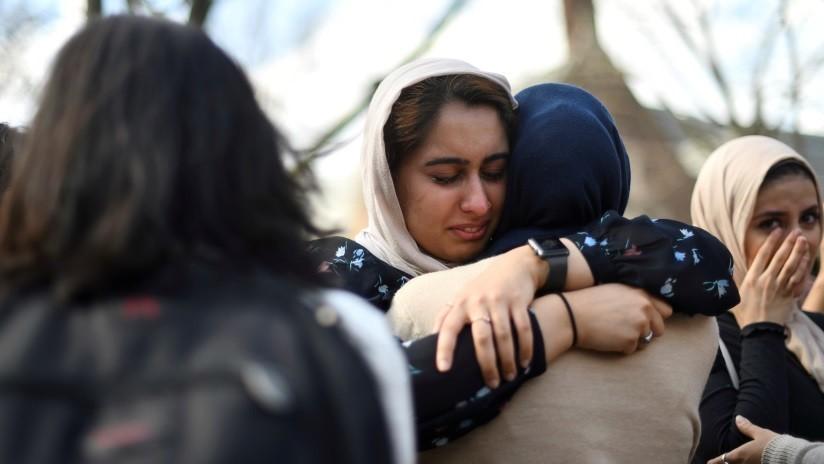 """Un """"joven héroe"""" detuvo el ataque a la segunda mezquita neozelandesa al quitarle un arma al tirador"""