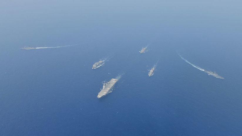 """La India despliega submarinos nucleares y un portaviones en el mar Arábigo para disuadir """"aventuras"""" de Pakistán"""