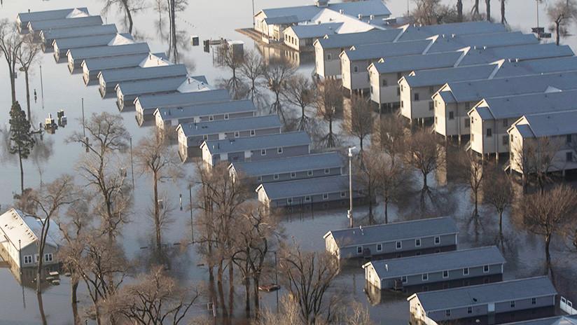 EE.UU.: Tres muertos y un desaparecido en las inundaciones récord causadas por la 'bomba ciclónica'
