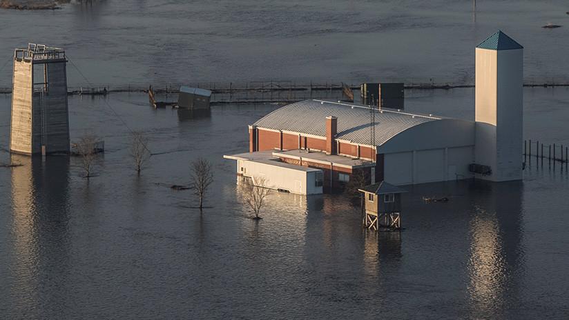 Inundaciones históricas por ciclón bomba dejan tres muertos en EE. UU