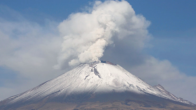 VIDEO: El volcán Popocatépetl tras una de sus mayores explosiones de los últimos años