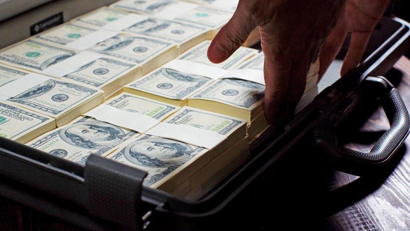 Desmienten la historia del argentino desempleado que encontró medio millón de dólares y los devolvió a su dueño