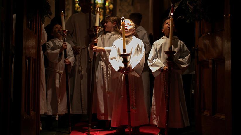 """""""Los niños buscan ternura"""": Sacerdote francés enciende la Red con comentarios sobre los abusos en la Iglesia"""