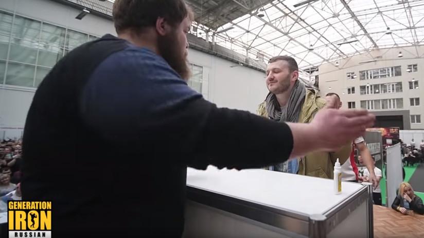 VIDEO: Tortazos de campeonato en el primer concurso de bofetadas del mundo
