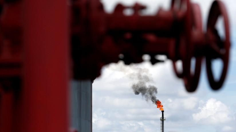 El precio del petróleo WTI supera los 60 dólares por primera vez desde noviembre