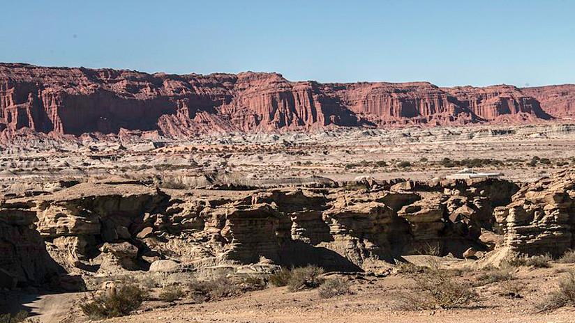 Hallan con vida a un niño de 5 años que pasó 22 horas perdido en un desierto de Argentina