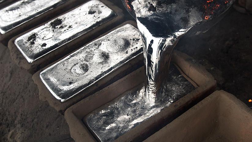 Científicos crean un metal líquido que se estira como en 'Terminator' (VIDEO)