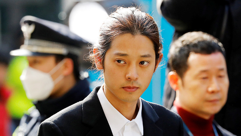 Arrestan al cantante de pop surcoreano Jung Joon-young por compartir videos sexuales de mujeres con las que estuvo