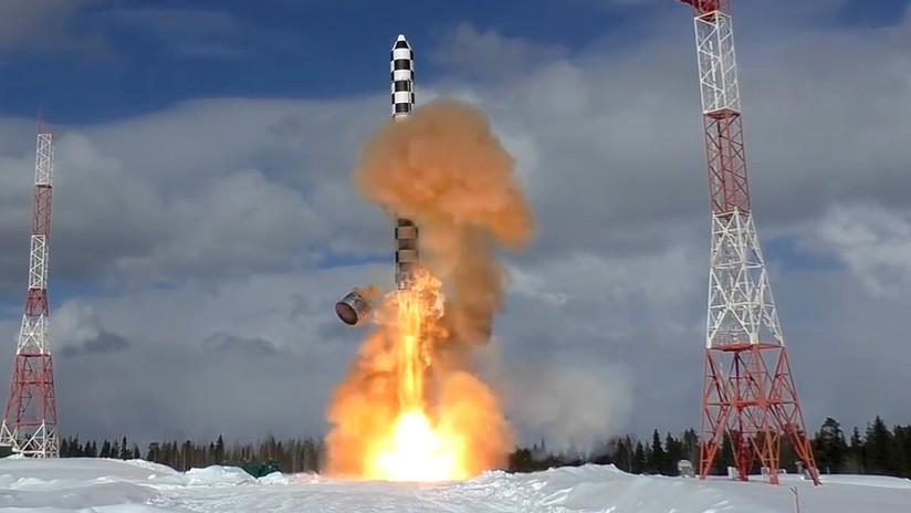"""Rusia: """"El nuevo misil intercontinental ruso Sarmat será capaz de despedazar cualquier sistema antiaéreo"""""""
