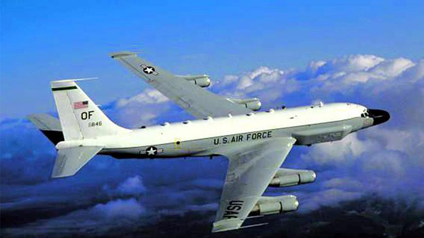 Detectan avión de EE.UU. en vuelo de vigilancia cerca de las costas de Crimea