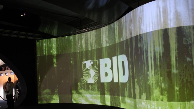 China niega el visado al 'enviado' de Guaidó ante el BID, que suspende su reunión anual
