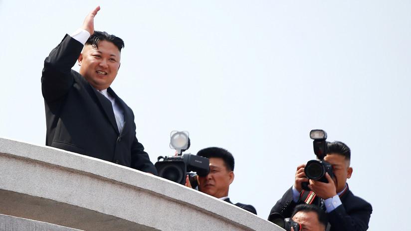 Los medios revelan por qué fue despedido el fotógrafo personal de Kim Jong-un (VIDEO)