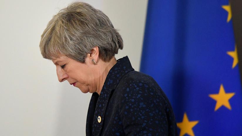 """""""El final está cerca"""": Once ministros de May estarían conspirando para forzar su dimisión"""