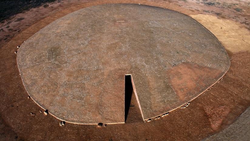 Descubren figuras humanas pintadas hace 6.000 años en un enorme dolmen al sur de España