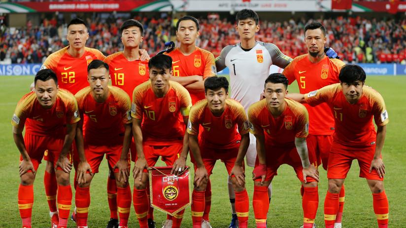 VIDEO: Una promesa del fútbol chino es suspendida de su club tras fracturar seriamente a un rival