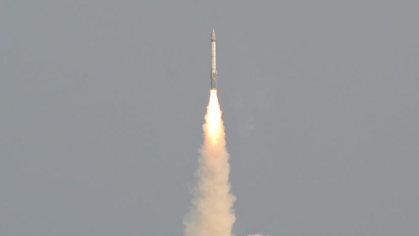 VIDEO: Públican las imágenes del lanzamiento de un misil indio que derribó a un satélite