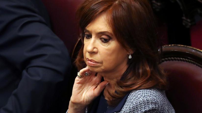 La Justicia argentina procesa a Cristina Kirchner por el uso de aviones para el envío de periódicos