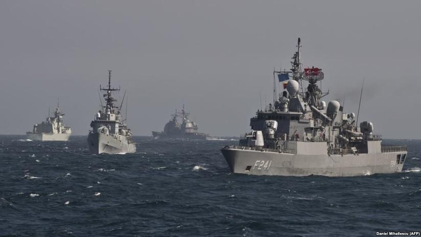 Naves de la Flota rusa escoltan a los buques de guerra de la OTAN que entraron en el mar Negro
