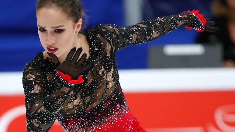 Campeona olímpica rusa de patinaje artístico participó pese a una grave quemadura en las competiciones nacionales (FOTO)