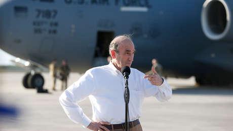 Elliott Abrams en la Base de la Fuerza Aérea de Homestead, Florida, el 22 de febrero de 2019.