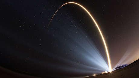 Lanzamiento de una nave espacial del sistema SBIRS desde el Cabo Cañaveral, Florida (EE.UU.), 2017.