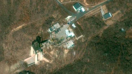 Banco de pruebas de cohetes en la instalación de lanzamiento de satélites de Sohae (Corea del Norte).
