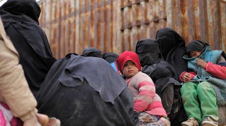 Niños en el campamento de refugiados de Rukban.