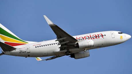 Un Boeing 737-700 de Ethiopian Airlines despega del Aeropuerto Internacional Félix Houphouët-Boigny de Abiyán (Costa de Marfil), el 28 de septiembre de 2018.