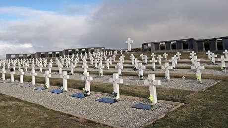 Cementerio de Darwin, donde se encuentran los combatientes argentinos. 16 de mayo 2018.