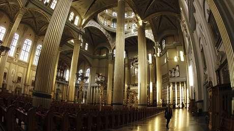 La basílica de Nuestra Señora de Licheń, Polonia