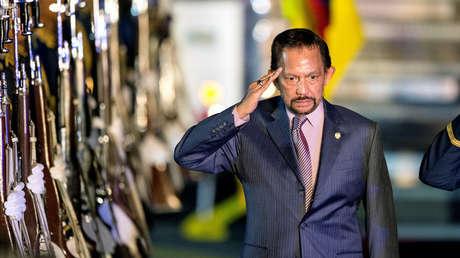 El Sultán Hassanal Bolkiah de Brunéi.