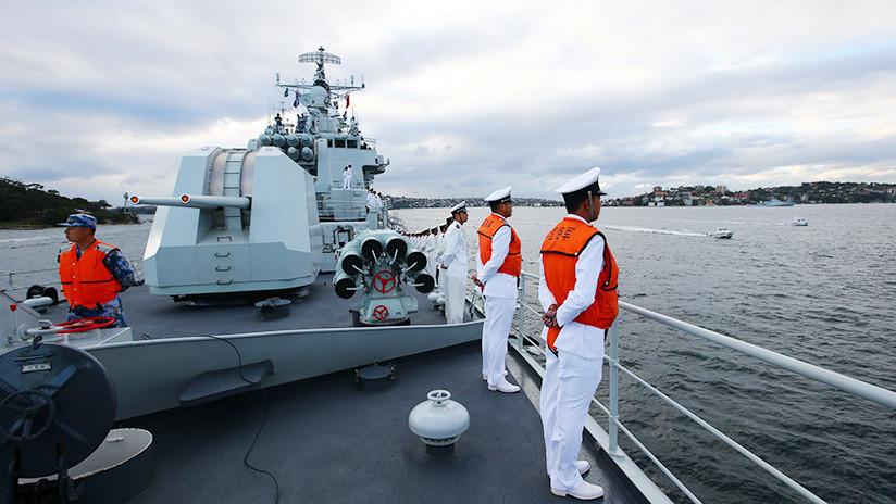 VIDEO: Un buque de guerra chino armado con un cañón electromagnético zarpa rumbo al Pacífico