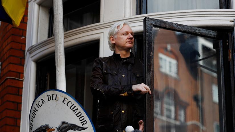 Presidente Moreno dice que Assange ha violado el acuerdo para permanecer en la Embajada de Ecuador