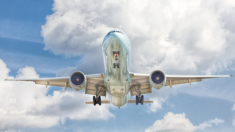 FOTO: Un Boeing viaja con un solo pasajero de Lituania a Italia