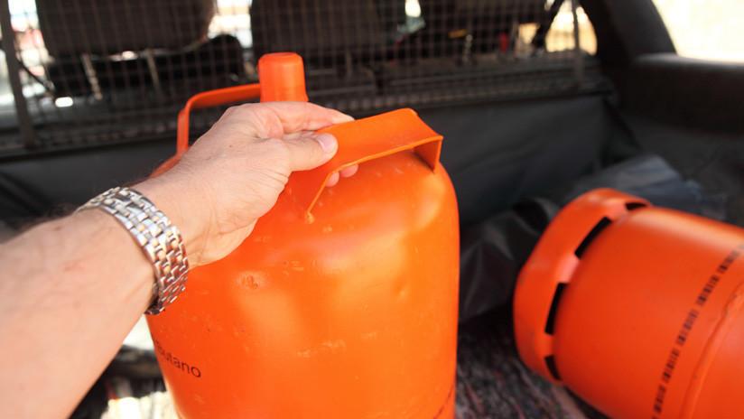 VIDEO: ¡Ni se les ocurra transportar así las bombonas de butano!