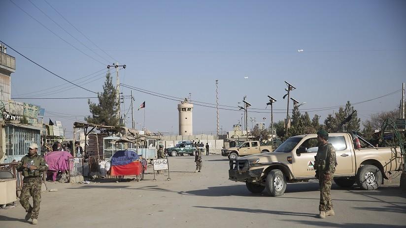 Mueren tres militares de EE.UU. y un contratista por una explosión cerca de una base aérea en Afganistán