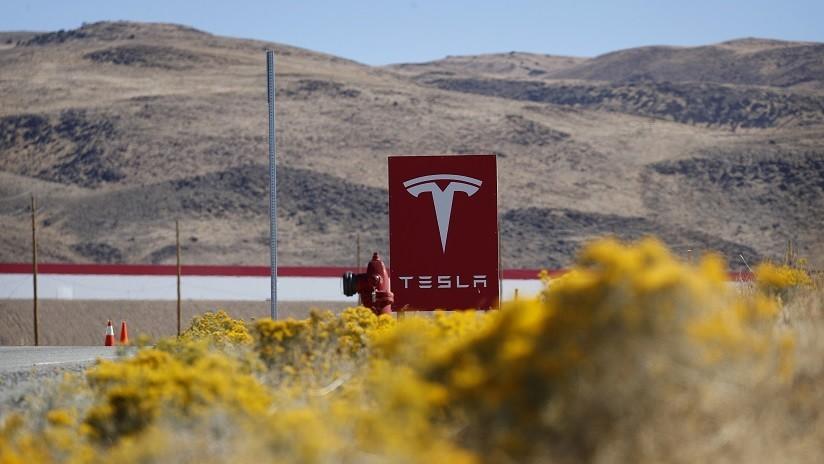 Publican imágenes aéreas de la construcción de la planta de Tesla en China (VIDEO)