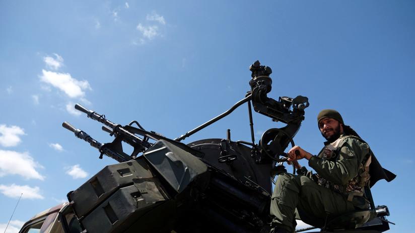Informan que el Ejército Nacional Libio derribó un avión militar procedente de Misurata