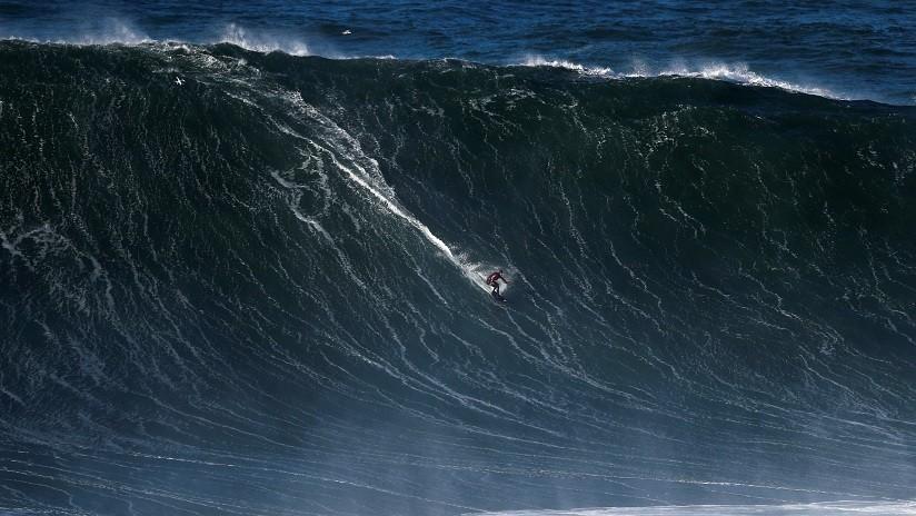 VIDEO: Impresionante rescate de un surfista portugués atrapado entre gigantescas olas